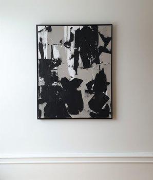 SURRENDER greige/svartvit tavla