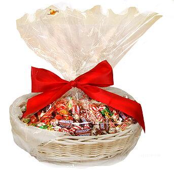 CHOKLADBUDET - Härlig julkorg med 2 kg choklad