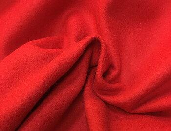 Röd valkad ull