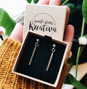 Earrings sticks