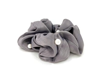 Charisma Hair Accessories Pearl Scrunchies Grey