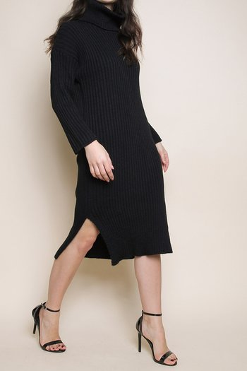 KNITTED POLO DRESS BLACK