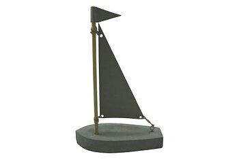 Båt med segel 11x4x16 cm