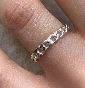 silverring chain elegance