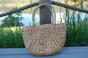 Väska av Sjögräs modell mindre